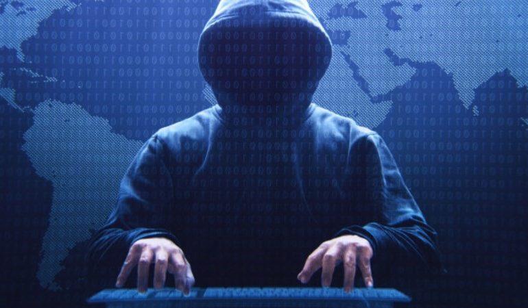 Hacker VS Hacker!