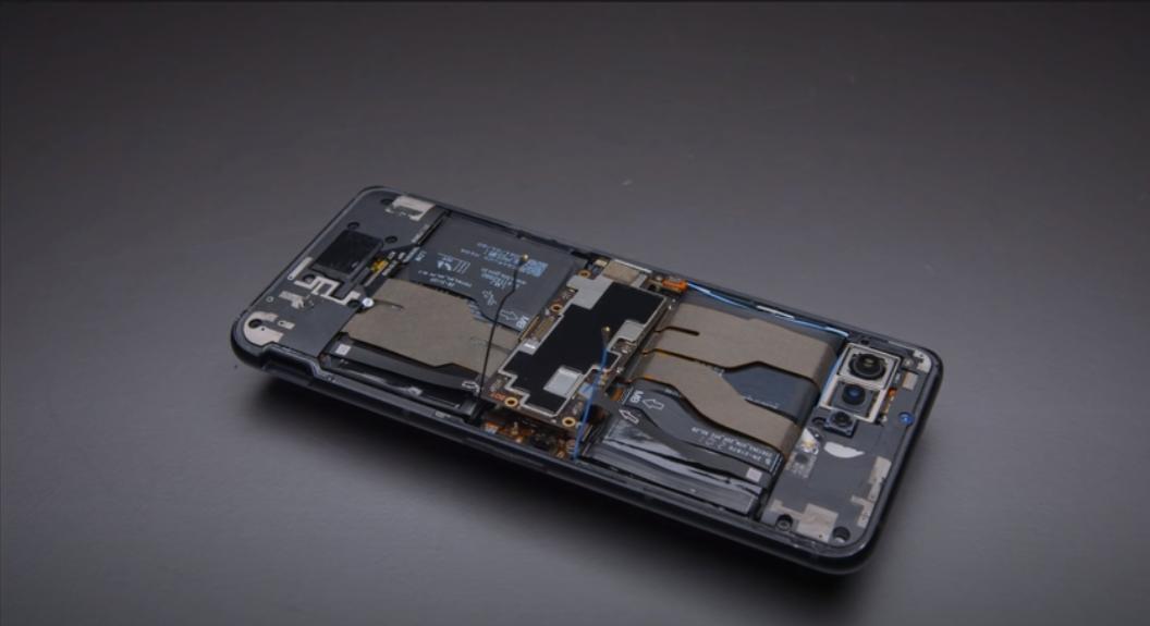 Beberapa Hal Yang Perlu Kamu Tahu Tentang ROG Phone 5
